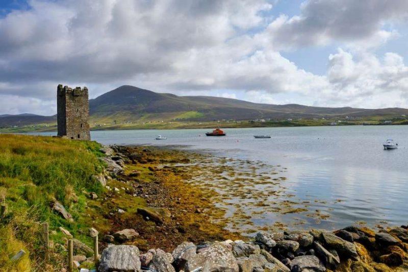 Achill Ruin in Ierland met Galtic