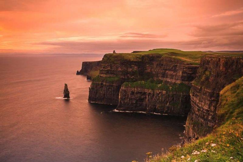 Cliffs of Moher Natuur in Ierland met Galtic