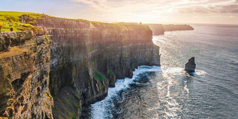 Cliffs of Moher met zon In ierland Reizen met Galtic