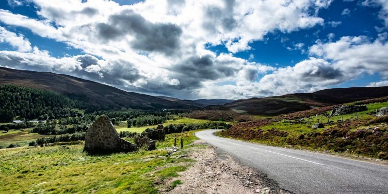 Rijden in Cairngorms in Schotland met Galtic