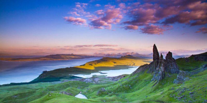 Thd Old Man of Storr Isle of Skye in Schotland met Galtic
